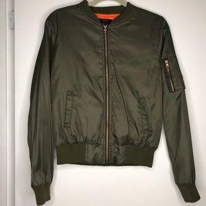 IRIS Los Angeles Green Orange Bomber Jacket Pocket